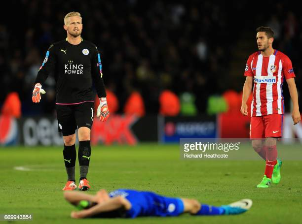 Kasper Schmeichel of Leicester City looks dejected after the UEFA Champions League Quarter Final second leg match between Leicester City and Club...