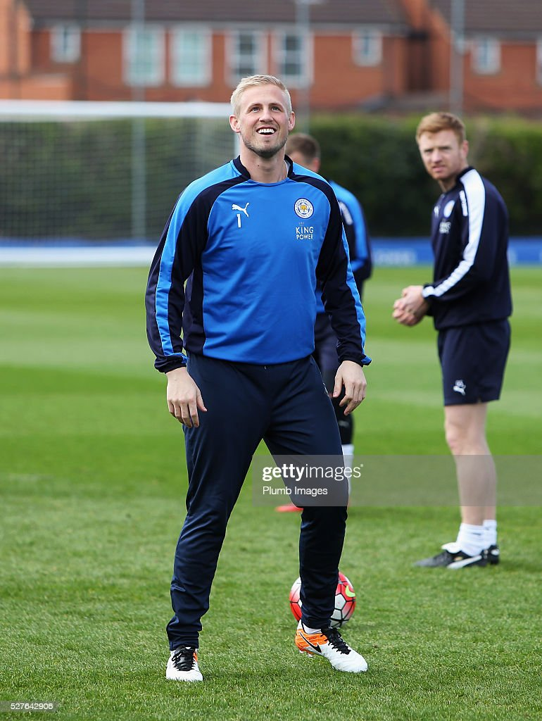 <a gi-track='captionPersonalityLinkClicked' href=/galleries/search?phrase=Kasper+Schmeichel&family=editorial&specificpeople=2309352 ng-click='$event.stopPropagation()'>Kasper Schmeichel</a> of Leicester City looks on during a Leicester City training session at Belvoir Drive Training Ground on May 3, 2016 in Leicester, England.