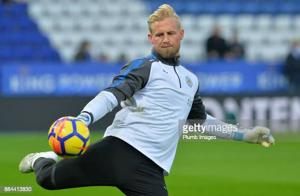 Kasper Schmeichel of Leicester City warms up ahead of the Premier League match between Leicester City and Burnley at King Power Stadium on December...