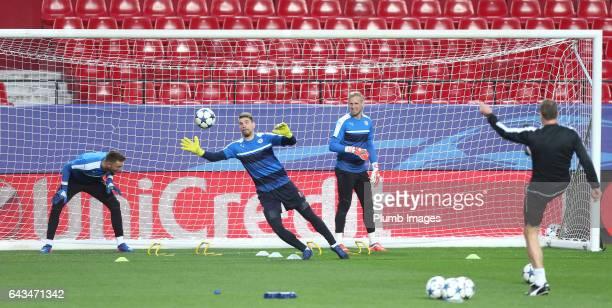Kasper Schmeichel RonRobert Zieler and Ben Hamer of Leicester City train at Estadio Ramon Sanchez Pizjuan ahead of the UEFA Champions League Round of...