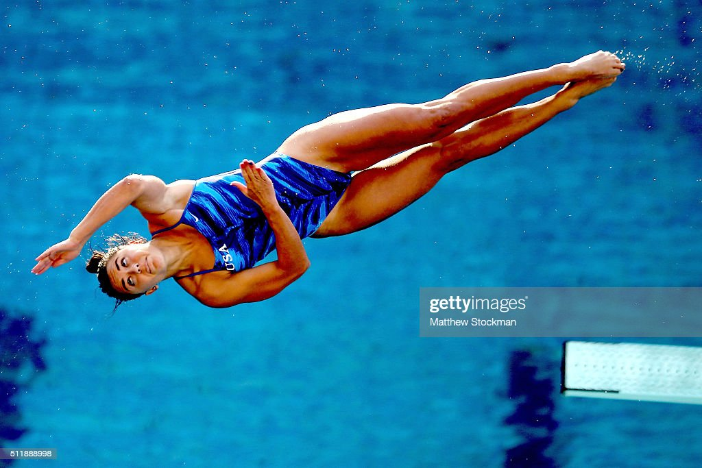 Kassidy Cook of the United States competes in the semifinal of the women's 3m Springboard during the FINA Diving World Cup Aquece Rio Test Event for...