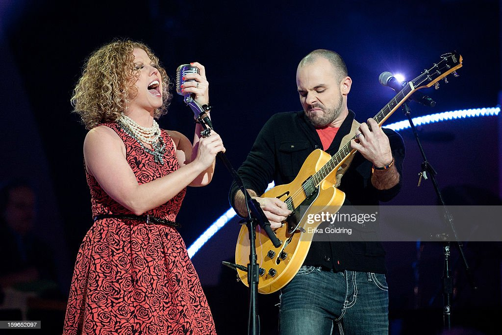 Kassie Miller and Ben Wilson perform at the 31st annual Texaco Country Showdown fational final at the Ryman Auditorium on January 17, 2013 in Nashville, Tennessee.