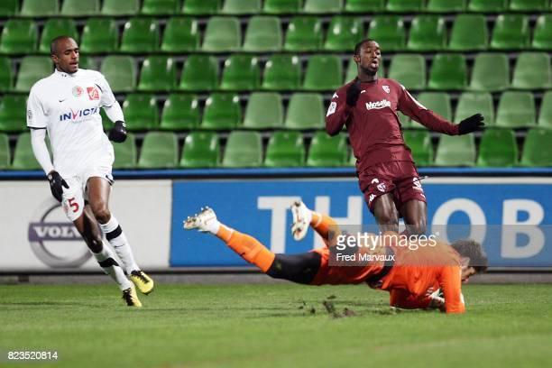 Kassim ABDALLAH / Cheikh matar GUEYE / Benoit COSTIL Metz / Sedan 16eme journee de Ligue 2