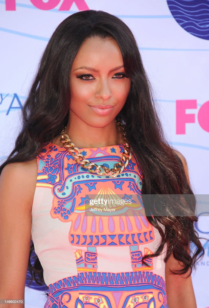 Kat Graham arrives at the 2012 Teen Choice Awards at Gibson Amphitheatre on July 22, 2012 in Universal City, California.