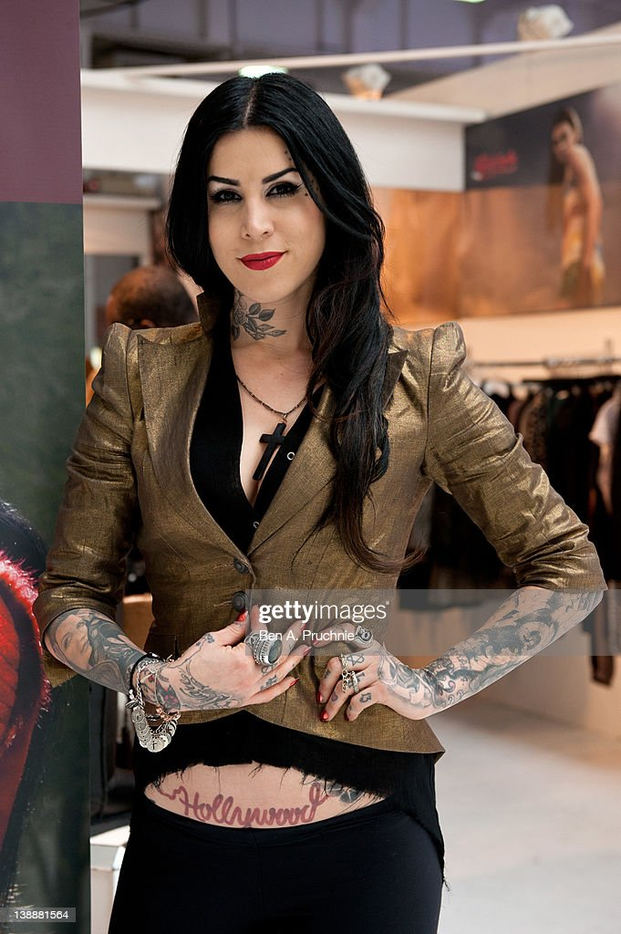 Kat Von Dee Launches Her New A/W Collection 'Wolf Like Me by Kat Von D LA'