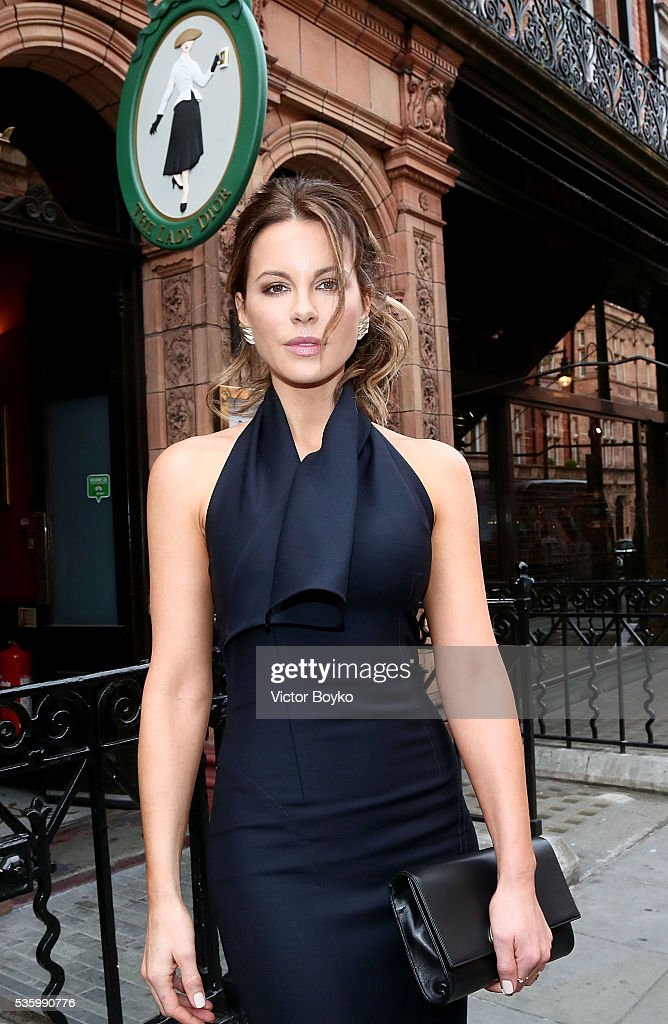 Kate Beckinsale attends the Dior Welcome Dinner at the Lady Dior Pub to celebrate the Cruise Collection 2017 on May 30, 2016 in London, England.