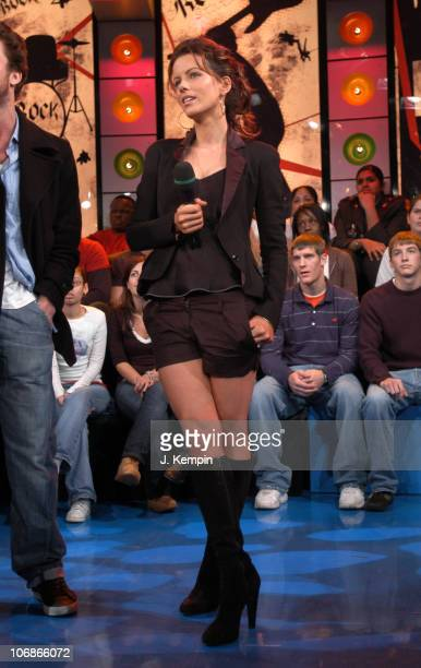Kate Beckinsale during Kate Beckinsale Scott Speedman Yellowcard and The AllAmerican Rejects Visit MTV's 'TRL' January 18 2006 at MTV Studios Times...