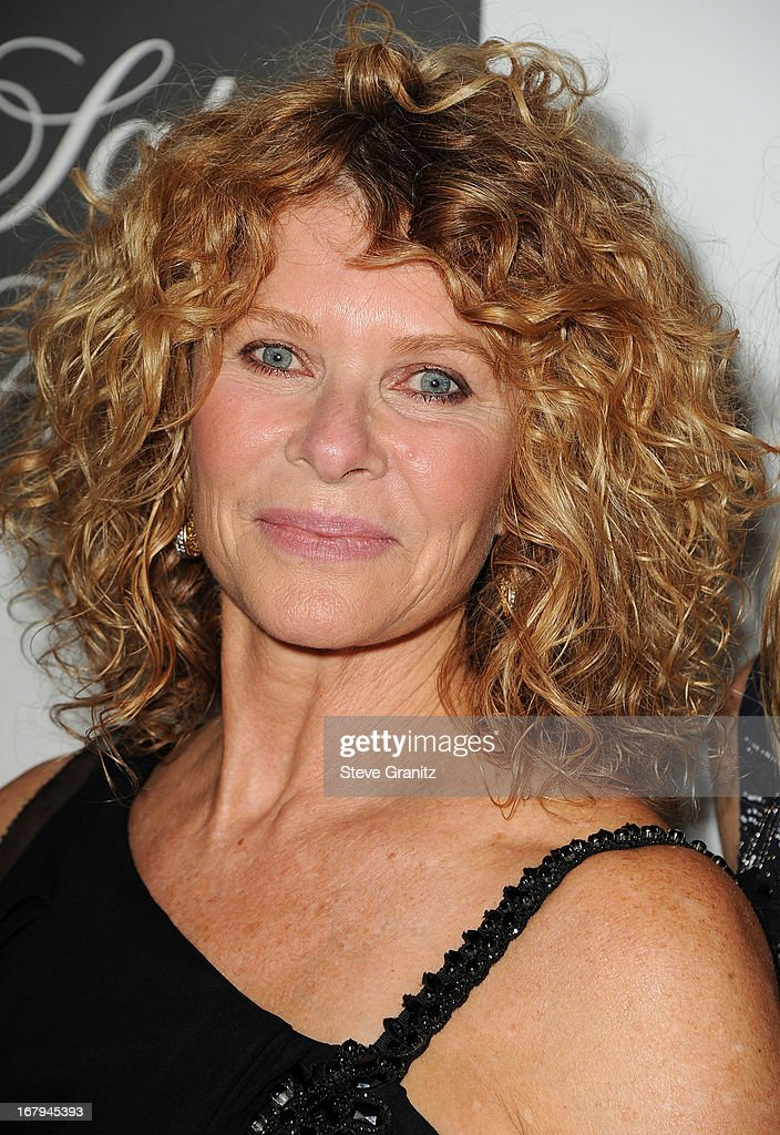 Kate Capshaw arrives at the An Unforgettable Evening Benefiting EIF's Women's Cancer Research Fund at Regent Beverly Wilshire Hotel on May 2, 2013 in Beverly Hills, California.