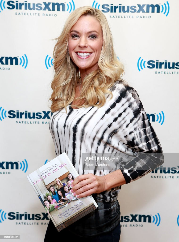 <a gi-track='captionPersonalityLinkClicked' href=/galleries/search?phrase=Kate+Gosselin&family=editorial&specificpeople=5290883 ng-click='$event.stopPropagation()'>Kate Gosselin</a> visits SiriusXM Studios on September 25, 2013 in New York City.