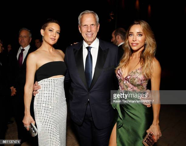 Kate Hudson and Steve Tisch at amfAR Los Angeles 2017 at Ron Burkle's Green Acres Estate on October 13 2017 in Beverly Hills Californi