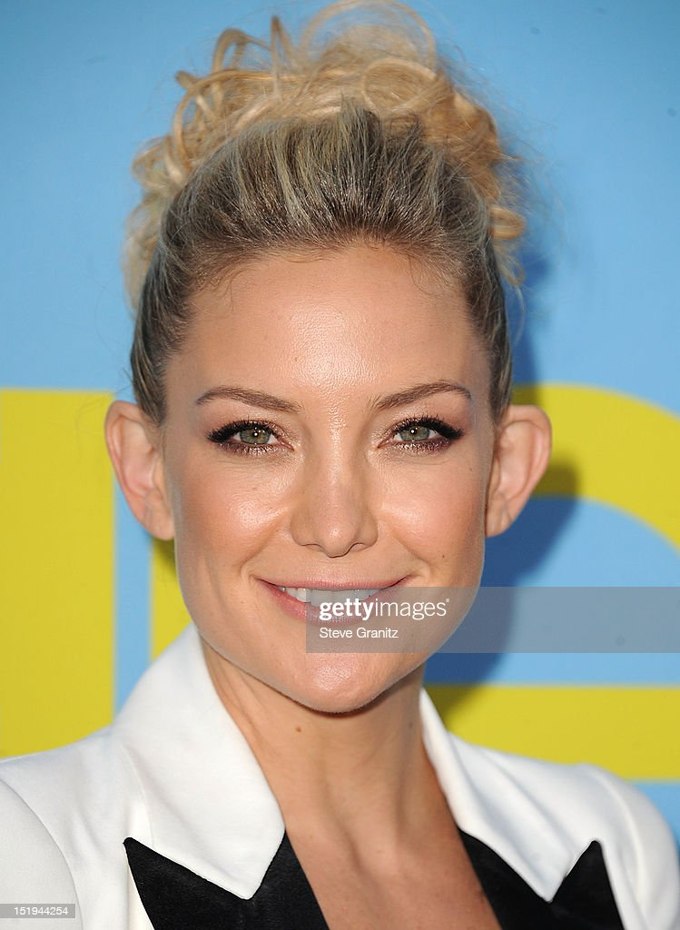 <a gi-track='captionPersonalityLinkClicked' href=/galleries/search?phrase=Kate+Hudson&family=editorial&specificpeople=156407 ng-click='$event.stopPropagation()'>Kate Hudson</a> arrives at the 'GLEE' Premiere Screening And Reception at Paramount Studios on September 12, 2012 in Hollywood, California.