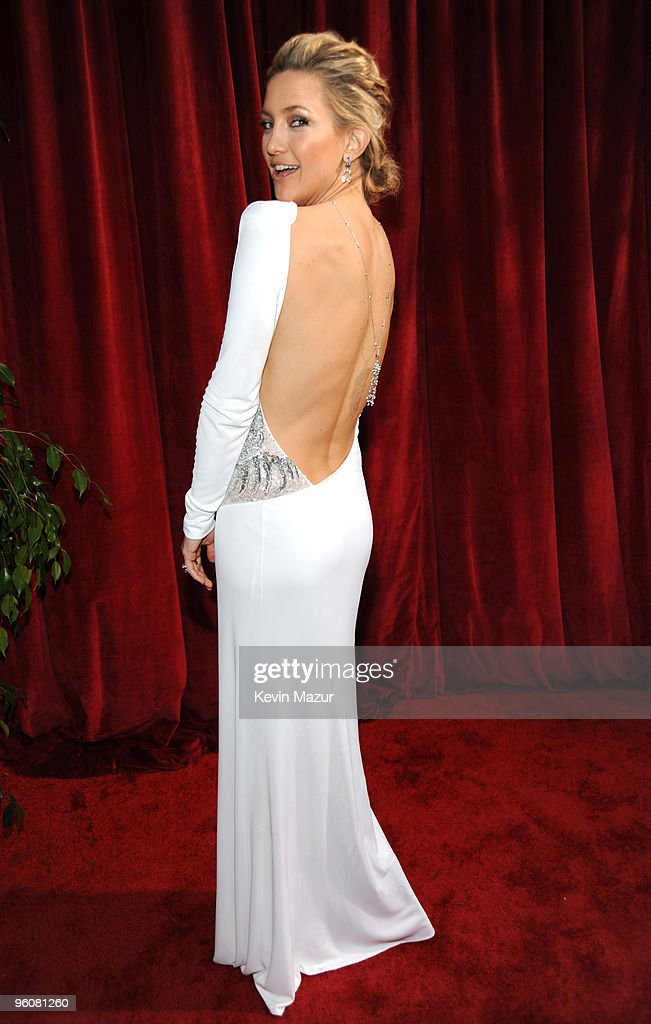 Kate Hudson arrives to the TNT/TBS broadcast of the 16th Annual Screen Actors Guild Awards held at the Shrine Auditorium on January 23 2010 in Los...
