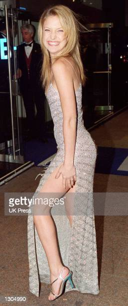 Kate Hudson attends The London Film Festival''s opening night gala of 'Almost Famous' November 1 2000 in London''s West End