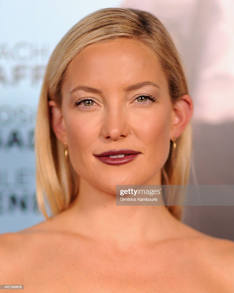 <a gi-track='captionPersonalityLinkClicked' href=/galleries/search?phrase=Kate+Hudson&family=editorial&specificpeople=156407 ng-click='$event.stopPropagation()'>Kate Hudson</a> attends the 'Wish I Was Here' screening at AMC Lincoln Square Theater on July 14, 2014 in New York City.