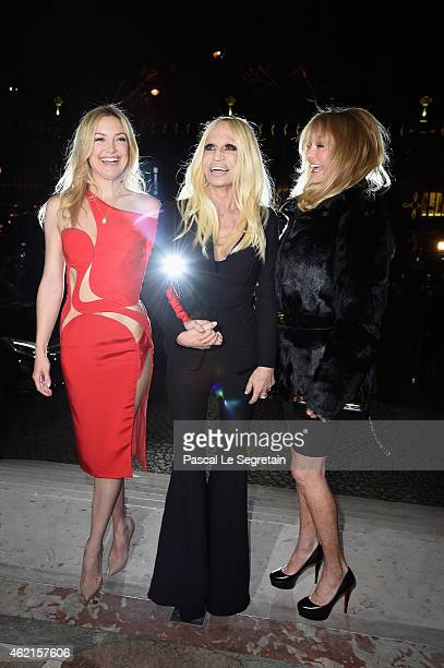 Kate Hudson Donatella Versace and Goldie Hawn attend the Versace show as part of Paris Fashion Week Haute Couture Spring/Summer 2015 on January 25...