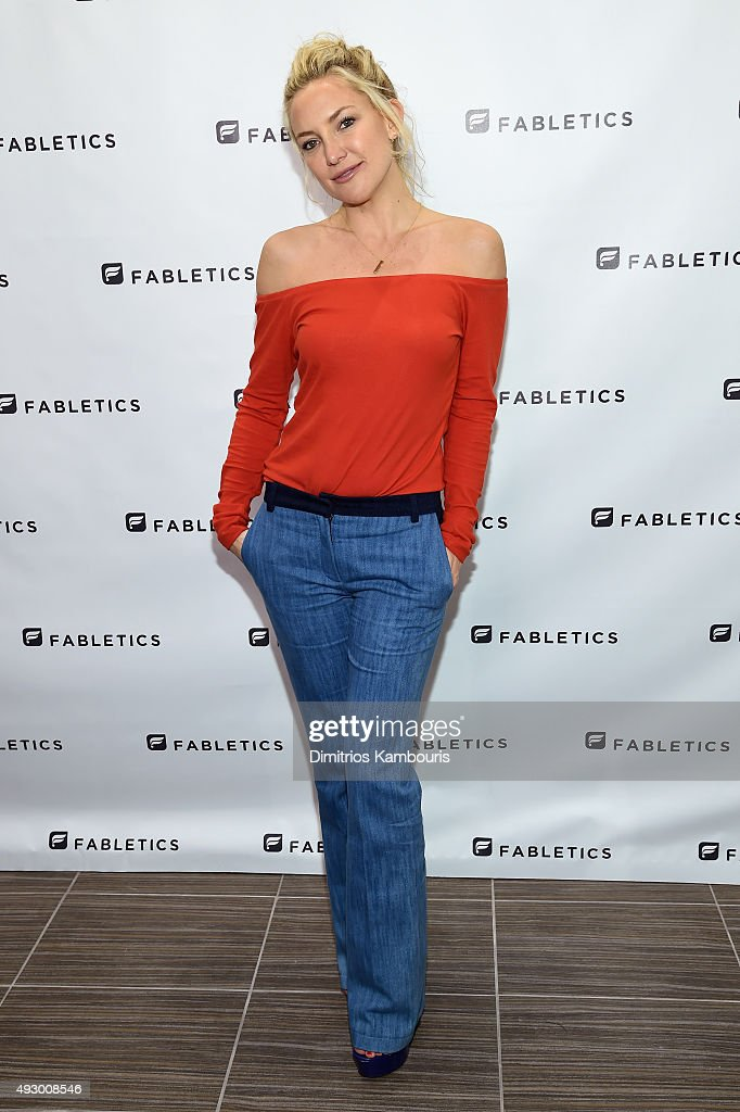 <a gi-track='captionPersonalityLinkClicked' href=/galleries/search?phrase=Kate+Hudson&family=editorial&specificpeople=156407 ng-click='$event.stopPropagation()'>Kate Hudson</a> opens a new Fabletics Boutique at Bridgewater Commons Mall on October 16, 2015 in Bridgewater, New Jersey.