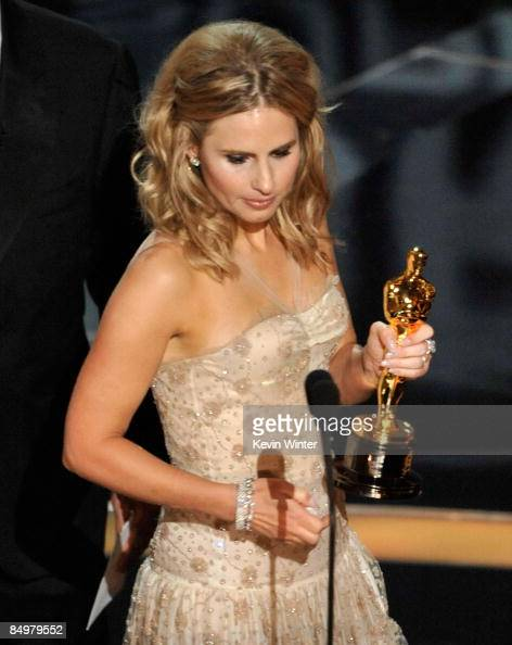 Kate Ledger sister of late Heath Ledger accepts the award for Best Supporting Actor for 'The Dark Night' during the 81st Annual Academy Awards held...