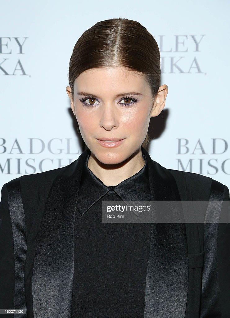 <a gi-track='captionPersonalityLinkClicked' href=/galleries/search?phrase=Kate+Mara&family=editorial&specificpeople=544680 ng-click='$event.stopPropagation()'>Kate Mara</a> attends Badgley Mischka NYC Store Opening on September 10, 2013 in New York City.