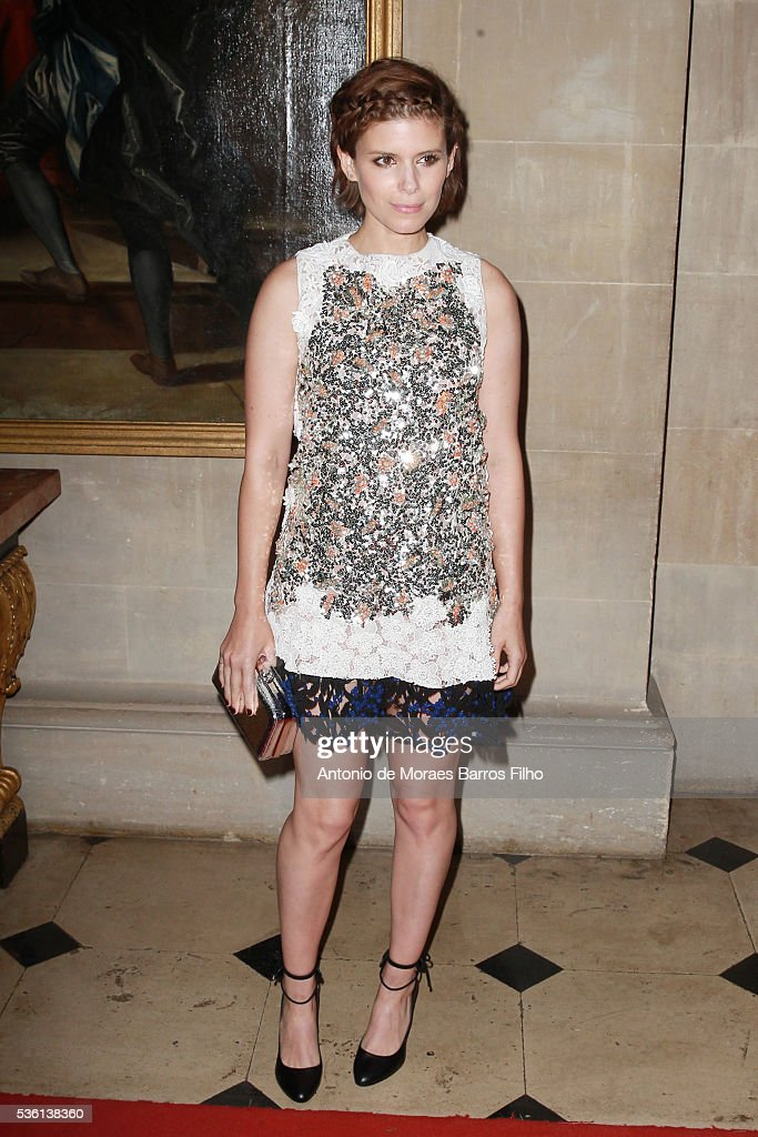 <a gi-track='captionPersonalityLinkClicked' href=/galleries/search?phrase=Kate+Mara&family=editorial&specificpeople=544680 ng-click='$event.stopPropagation()'>Kate Mara</a> attends Christian Dior showcases its spring summer 2017 cruise collection at Blenheim Palace on May 31, 2016 in Woodstock, England.