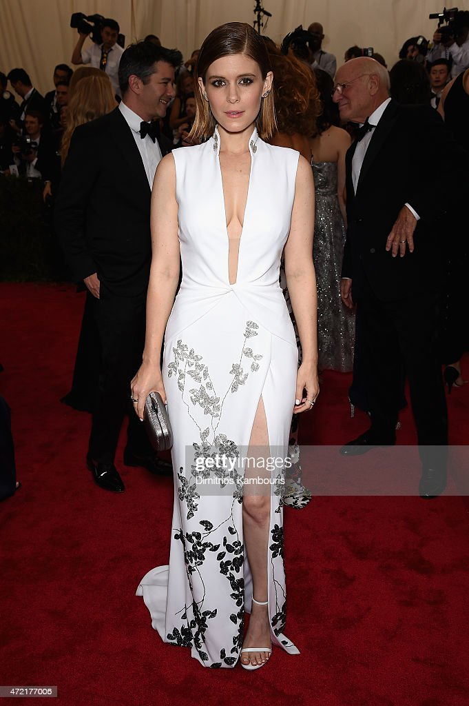 <a gi-track='captionPersonalityLinkClicked' href=/galleries/search?phrase=Kate+Mara&family=editorial&specificpeople=544680 ng-click='$event.stopPropagation()'>Kate Mara</a> attends the 'China: Through The Looking Glass' Costume Institute Benefit Gala at the Metropolitan Museum of Art on May 4, 2015 in New York City.
