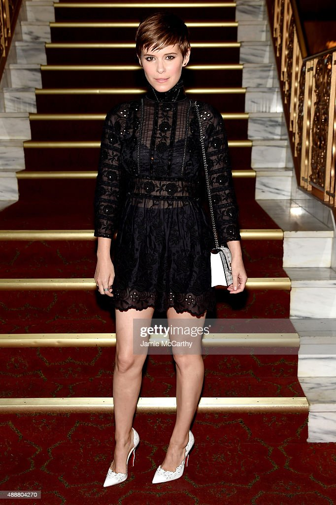 <a gi-track='captionPersonalityLinkClicked' href=/galleries/search?phrase=Kate+Mara&family=editorial&specificpeople=544680 ng-click='$event.stopPropagation()'>Kate Mara</a> attends the Marc Jacobs Spring 2016 fashion show during New York Fashion Week at Ziegfeld Theater on September 17, 2015 in New York City.