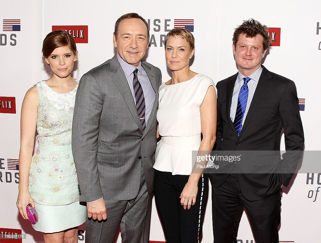 Kate Mara, Kevin Spacey, Robin Wright and Beau Willimon pose for a photo at Netflix's 'House Of Cards' Washington DC Screening at the NEWSEUM on January 29, 2013 in Washington, DC.