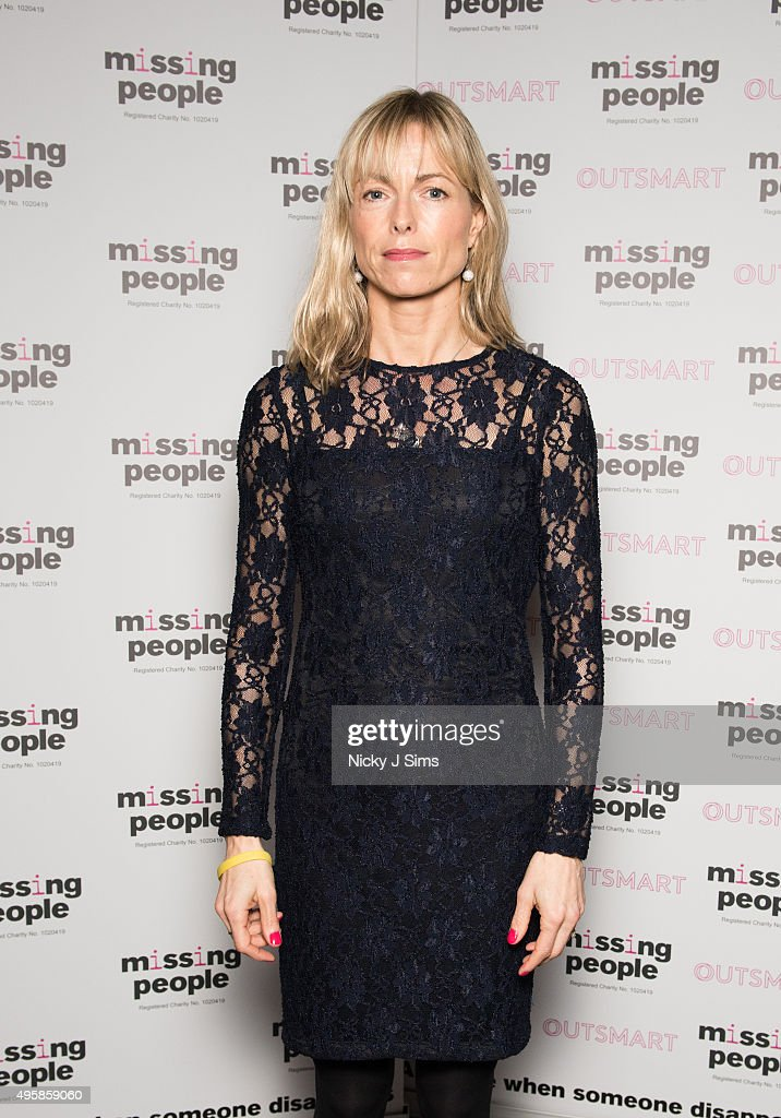<a gi-track='captionPersonalityLinkClicked' href=/galleries/search?phrase=Kate+McCann&family=editorial&specificpeople=4278082 ng-click='$event.stopPropagation()'>Kate McCann</a> arrives for the 'Home for Christmas' fundraising dinner and auction in aid of Missing People at the Corinthia Hotel on November 05, 2015 in London, England.