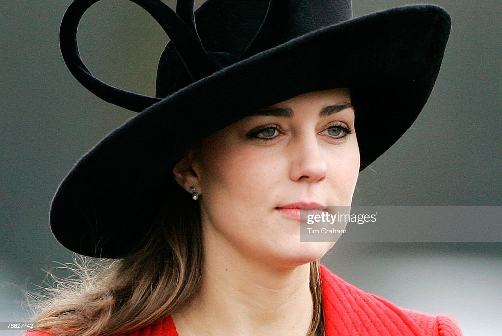 william dating The path of royal love rarely runs smooth, and prince william and kate middleton certainly have stumbled along their way, not least over all the other gorgeous young women in the prince's orbit.