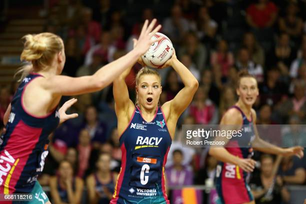 Kate Moloney of the Vixens looks to make a pass during the round eight Super Netball match between the Thunderbirds and the Vixens at Priceline...
