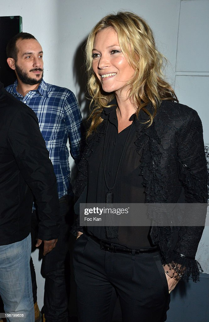 Kate Moss arrives at Colette on November 21, 2012 in Paris, France.