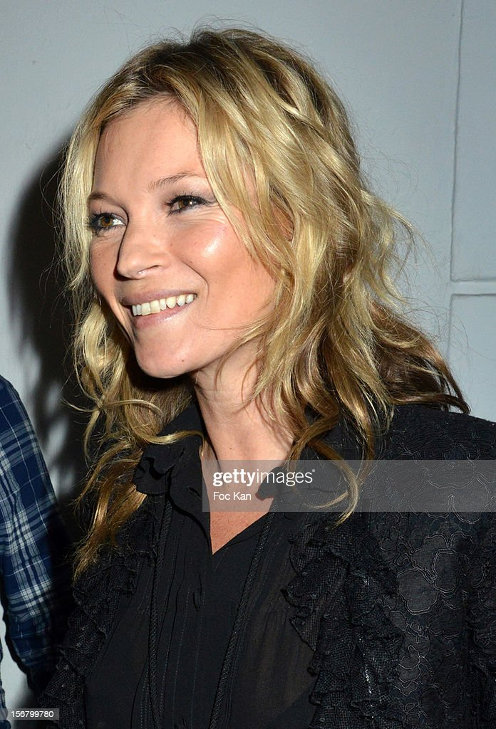 <a gi-track='captionPersonalityLinkClicked' href=/galleries/search?phrase=Kate+Moss&family=editorial&specificpeople=201830 ng-click='$event.stopPropagation()'>Kate Moss</a> arrives at Colette on November 21, 2012 in Paris, France.
