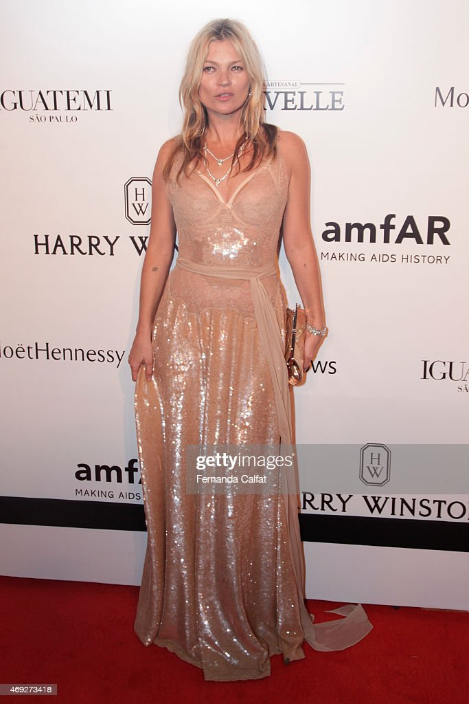 <a gi-track='captionPersonalityLinkClicked' href=/galleries/search?phrase=Kate+Moss&family=editorial&specificpeople=201830 ng-click='$event.stopPropagation()'>Kate Moss</a> attends the 5th Annual amfAR Inspiration Gala at the home of Dinho Diniz on April 10, 2015 in Sao Paulo, Brazil.