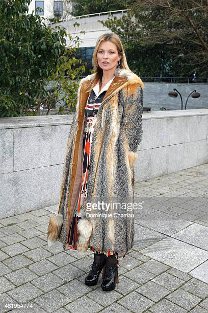 Kate Moss attends the Louis Vuitton Menswear Fall/Winter 20152016 show as part of Paris Fashion Week on January 22 2015 in Paris France