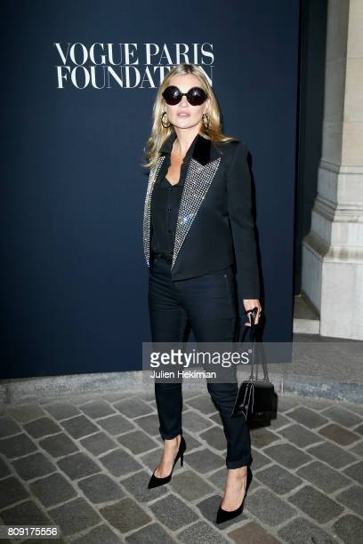 Kate Moss attends the Vogue Foundation Dinner during Paris Fashion Week as part of Haute Couture Fall/Winter 20172018 at Musee Galliera on July 4...