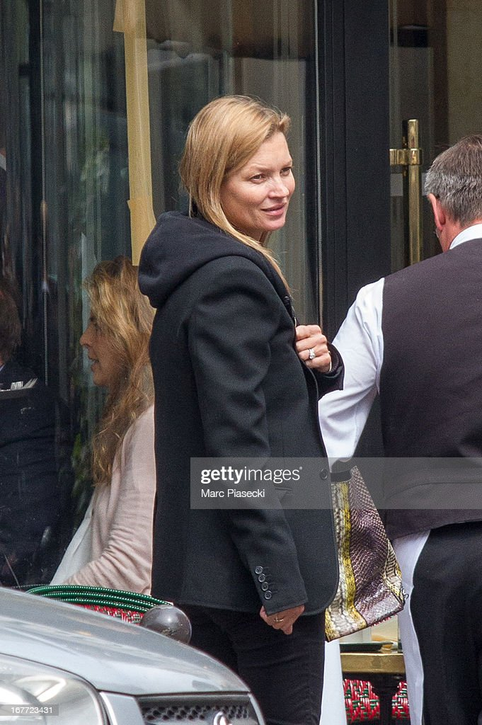 <a gi-track='captionPersonalityLinkClicked' href=/galleries/search?phrase=Kate+Moss&family=editorial&specificpeople=201830 ng-click='$event.stopPropagation()'>Kate Moss</a> is sighted at the 'Cafe de Flore' on April 28, 2013 in Paris, France.