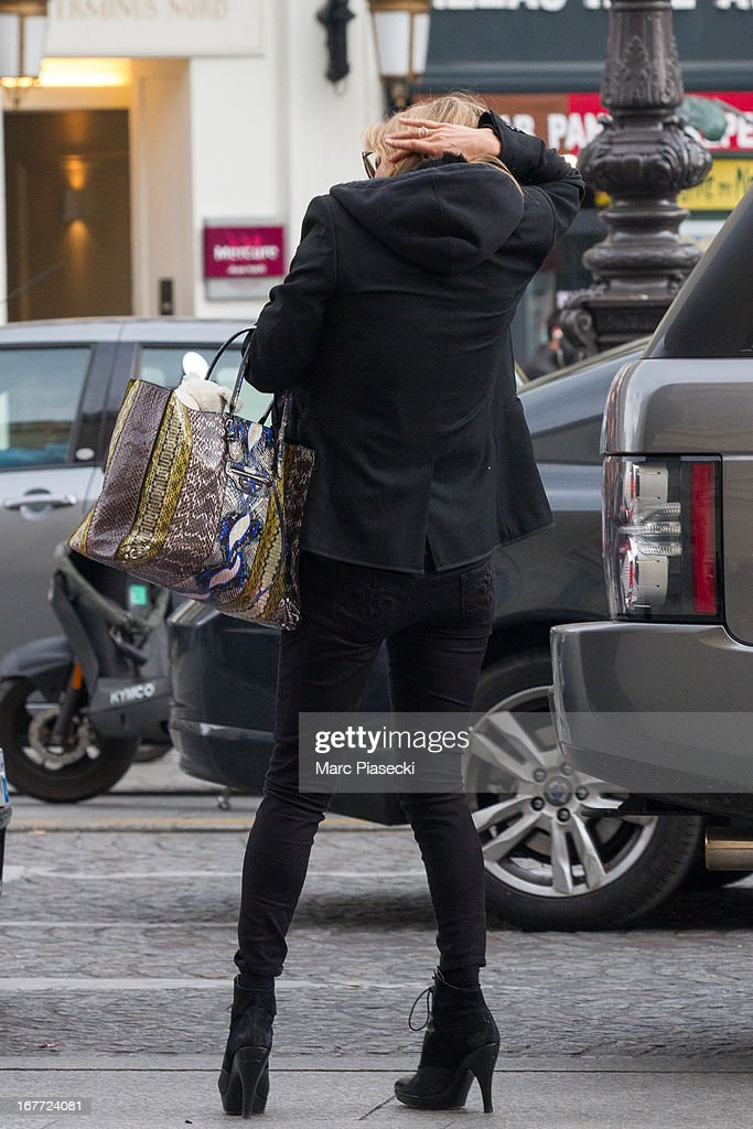 <a gi-track='captionPersonalityLinkClicked' href=/galleries/search?phrase=Kate+Moss&family=editorial&specificpeople=201830 ng-click='$event.stopPropagation()'>Kate Moss</a> is sighted at the 'Gare du Nord' station on April 28, 2013 in Paris, France.