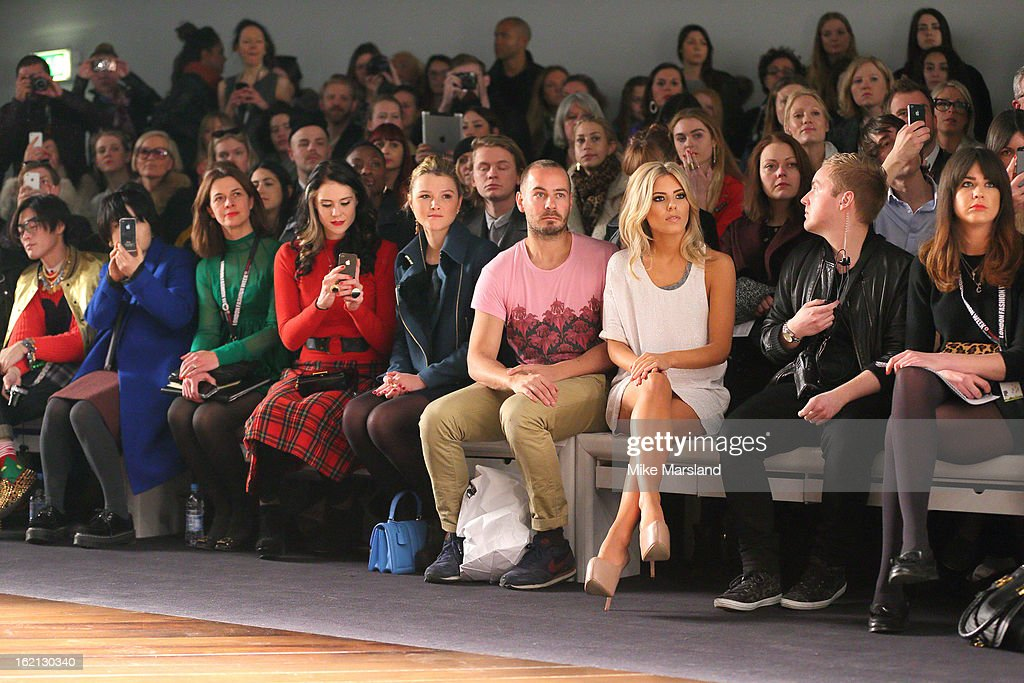 <a gi-track='captionPersonalityLinkClicked' href=/galleries/search?phrase=Kate+Nash&family=editorial&specificpeople=4337182 ng-click='$event.stopPropagation()'>Kate Nash</a>(4th L), <a gi-track='captionPersonalityLinkClicked' href=/galleries/search?phrase=Amber+Atherton&family=editorial&specificpeople=7192882 ng-click='$event.stopPropagation()'>Amber Atherton</a> (C) and Molly King (3rd R) attend the Aminaka Wilmont show during London Fashion Week Fall/Winter 2013/14 at Somerset House on February 19, 2013 in London, England.