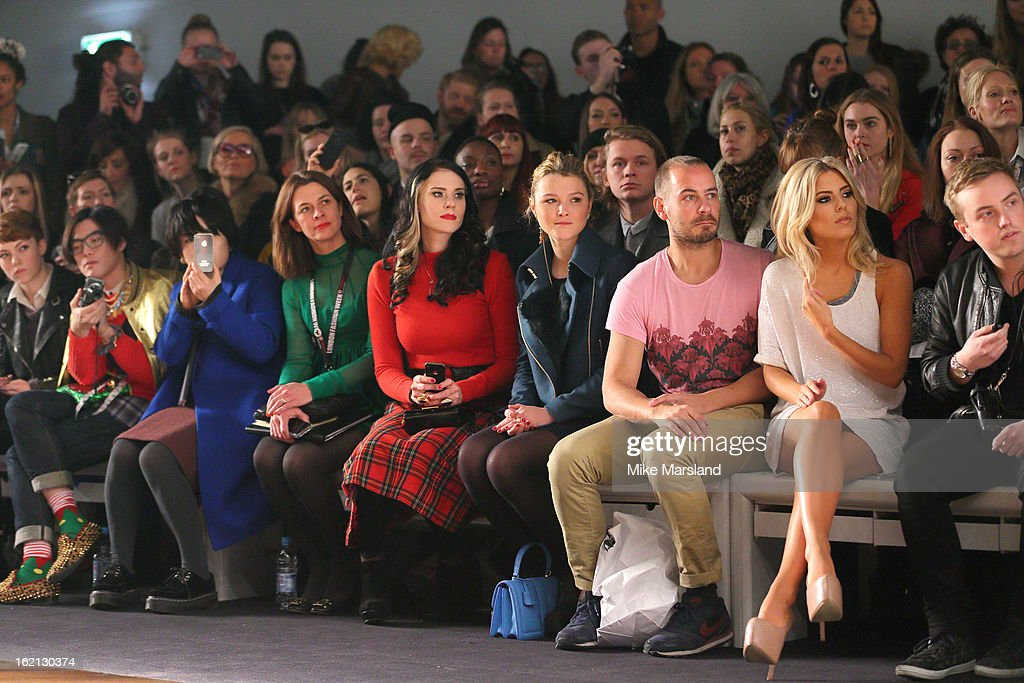 <a gi-track='captionPersonalityLinkClicked' href=/galleries/search?phrase=Kate+Nash&family=editorial&specificpeople=4337182 ng-click='$event.stopPropagation()'>Kate Nash</a>(4th L), <a gi-track='captionPersonalityLinkClicked' href=/galleries/search?phrase=Amber+Atherton&family=editorial&specificpeople=7192882 ng-click='$event.stopPropagation()'>Amber Atherton</a> (C) and Molly King (2nd R) attend the Aminaka Wilmont show during London Fashion Week Fall/Winter 2013/14 at Somerset House on February 19, 2013 in London, England.