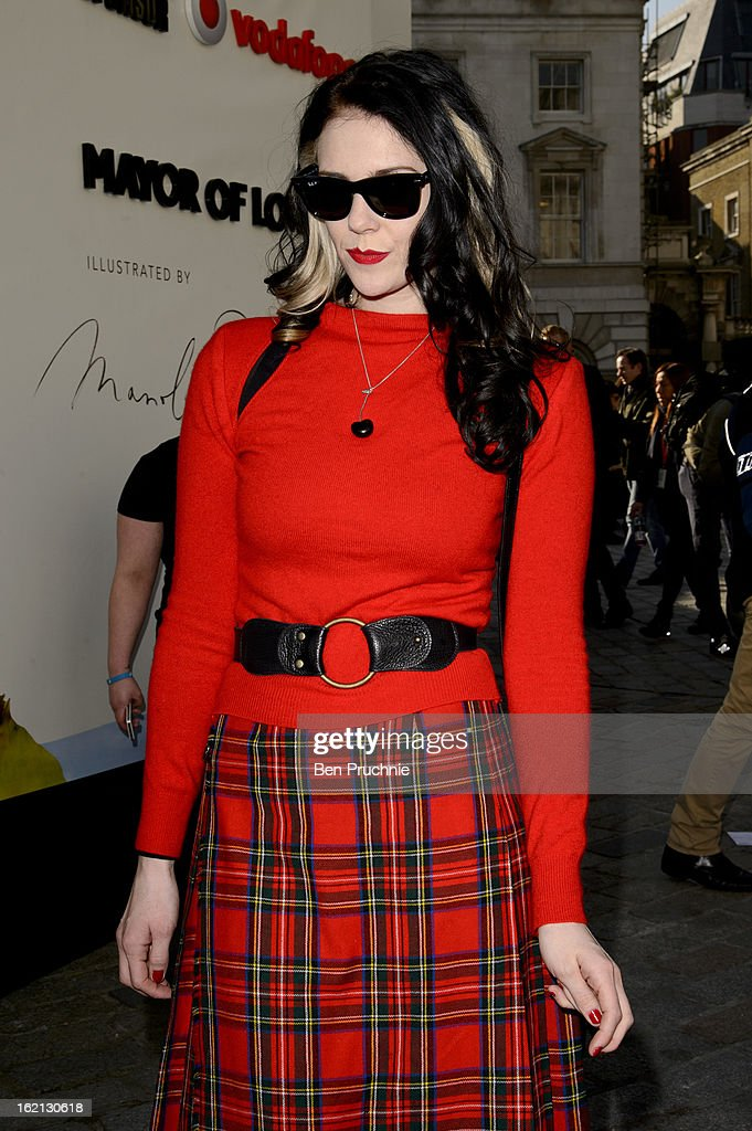 <a gi-track='captionPersonalityLinkClicked' href=/galleries/search?phrase=Kate+Nash&family=editorial&specificpeople=4337182 ng-click='$event.stopPropagation()'>Kate Nash</a> is pictured arriving at Somserset House during London Fashion Week on February 19, 2013 in London, England.
