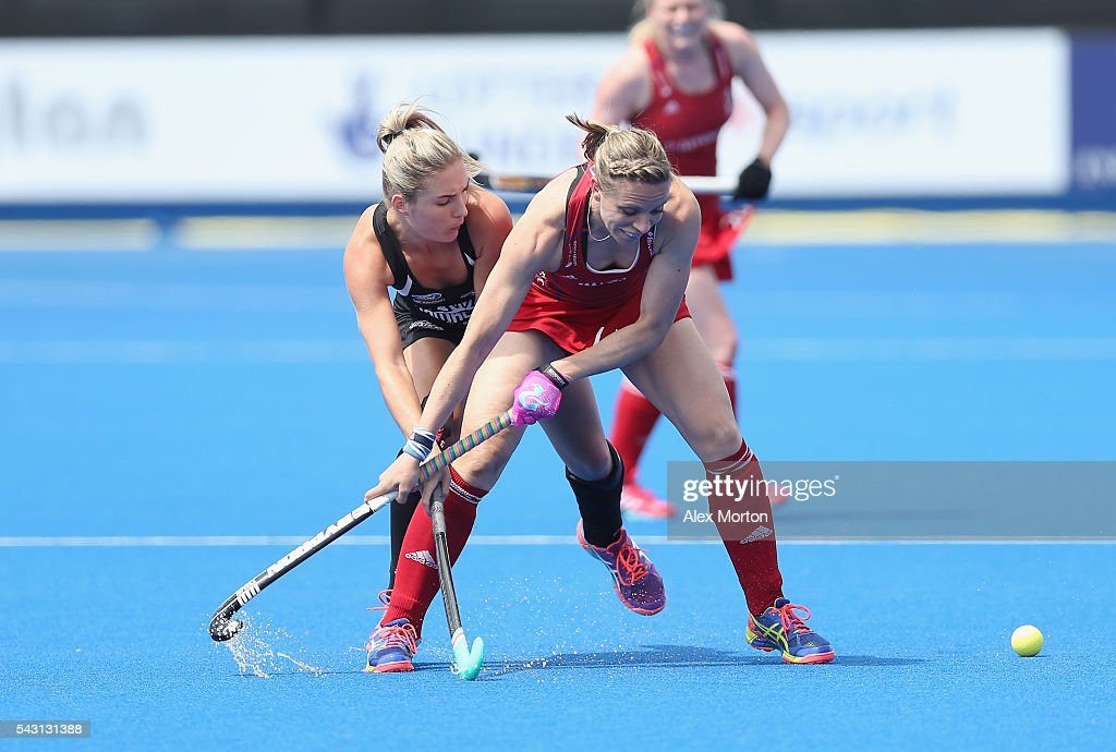 <a gi-track='captionPersonalityLinkClicked' href=/galleries/search?phrase=Kate+Richardson-Walsh&family=editorial&specificpeople=13415247 ng-click='$event.stopPropagation()'>Kate Richardson-Walsh</a> of Great Britain and Sophie Cocks of New Zealand during the FIH Women's Hockey Champions Trophy 2016 match between New Zealand and Great Britain at Queen Elizabeth Olympic Park on June 26, 2016 in London, England.