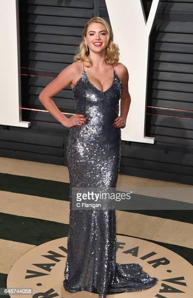 Kate Upton attends the 2017 Vanity Fair Oscar Party Hosted by Graydon Carter at the Wallis Annenberg Center for the Performing Arts on February 26...