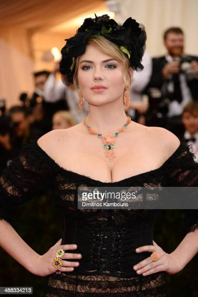 Kate Upton attends the 'Charles James Beyond Fashion' Costume Institute Gala at the Metropolitan Museum of Art on May 5 2014 in New York City
