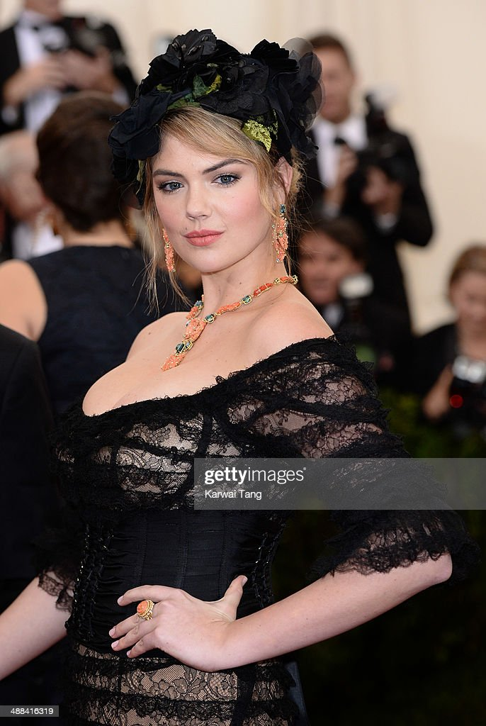 Kate Upton attends the 'Charles James: Beyond Fashion' Costume Institute Gala held at the Metropolitan Museum of Art on May 5, 2014 in New York City.