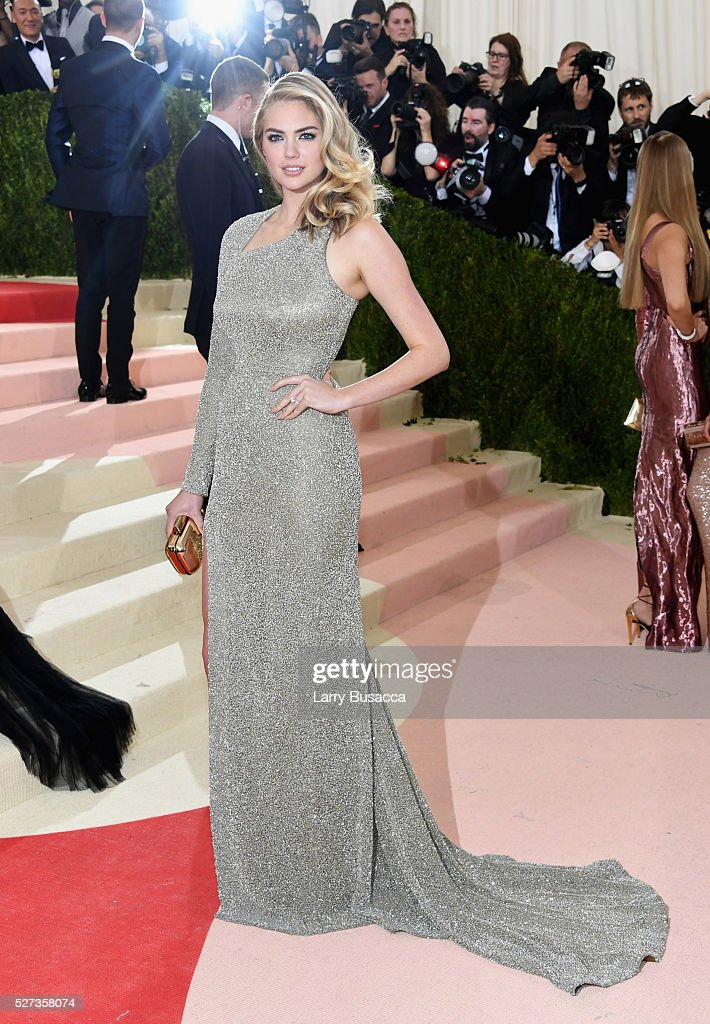 Kate Upton attends the 'Manus x Machina: Fashion In An Age Of Technology' Costume Institute Gala at Metropolitan Museum of Art on May 2, 2016 in New York City.