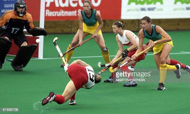Kate Walsh of England scores the first goal against Australia in their Hockey semifinal match 01 August 2002 of the 17th Commonwealth Games...