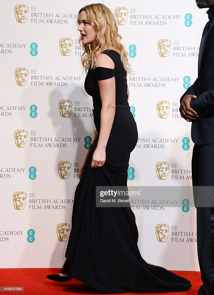 Kate Winslet poses in the winners room at the EE British Academy Film Awards at The Royal Opera House on February 14, 2016 in London, England.