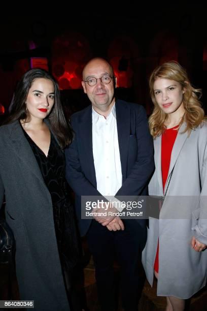 Katell Berthy Director of 'Musee d'Art Moderne de la Ville de Paris' Fabrice Hergott and actress Hande Kodja attend the 'Bal Jaune Elastique 2017'...