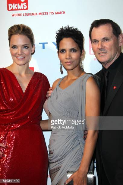 Katharina Harf Halle Berry and Bernd Beetz attend DKMS' 4th Annual Gala' LINKED AGAINST LEUKEMIA at Cipriani's 42nd St on April 29 2010 in New York...