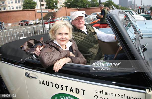 Katharina Schubert and Otto Wachs during the first day of the HamburgBerlin Klassik Rallye on August 24 2017 in Hamburg Germany