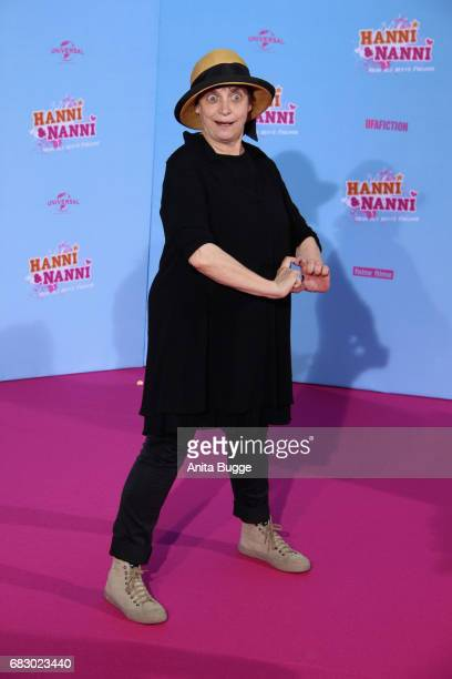 Katharina Thalbach attends the premiere of the film 'Hanni Nanni Mehr als beste Freunde' at Kino in der Kulturbrauerei on May 14 2017 in Berlin...